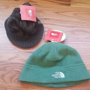 2 North Face Womens winter hats green NWT